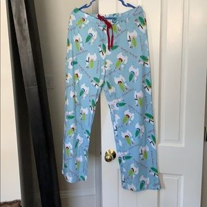 Comfy pj pants with Christmas llamas!